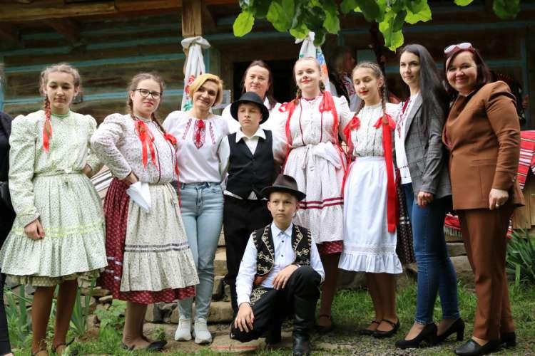 «Барвистий вінок Закарпаття» представили в Ужгородському скансені