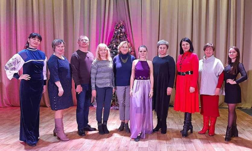 Народний аматорський клуб східного танцю «Наргіс» успішно пройшов атестацію