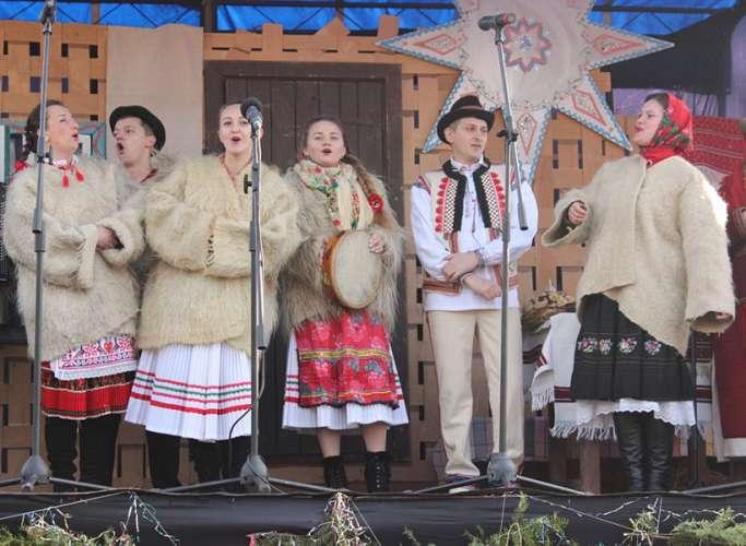 З нагоди ювілею! Народний аматорський ансамбль народної пісні «Розмарія»