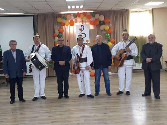 Колективи Солотвинської селищної ради підтвердили звання «народний аматорський колектив»