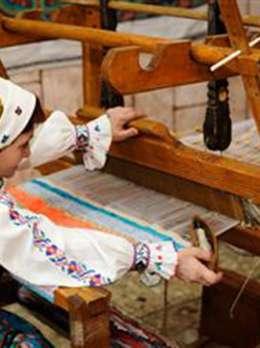 Традиції художнього перебірного ткацтва в с. Черна Виноградівського району