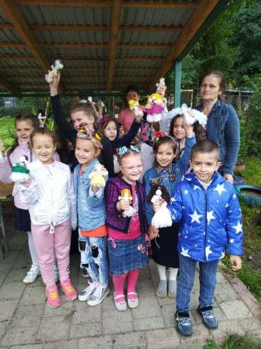 Олена Ваш провела з учнями майстер-клас із виготовлення ляльки-мотанки