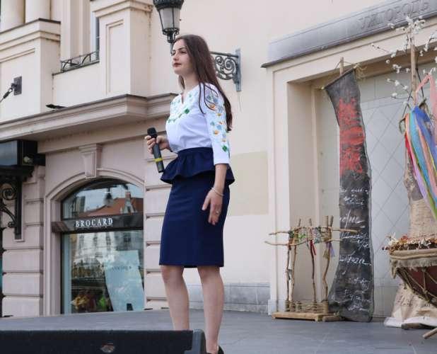 В Ужгороді відбувся «Марш вишиванок»